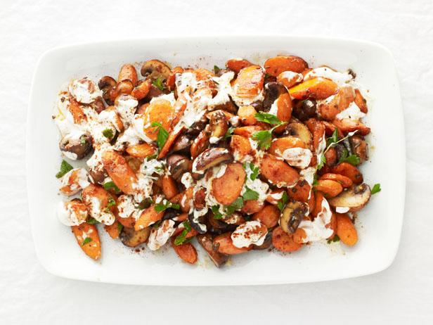 Roasted-Carrots-and-Mushrooms-Recipe_s4x3.jpg.rend.sni18col
